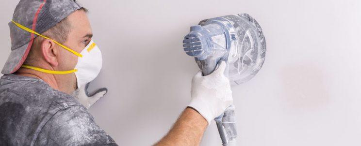 fal csiszolása rezgőcsiszolóval